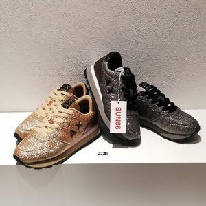 Fall prewier 20 🍂 Le nuove sneakers donna @sun68 sono già disponibili in Store! #newcollection #autumn20 #sneakerswoman #lovesneakers