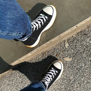 Nuovi arrivi 😍 Steve Madden 🔸Sneaker alta in canvas con doppio fondo. Disponibile in Store e Online! #sneakerswoman #newcollection #shoes #shoppingonline #fw20