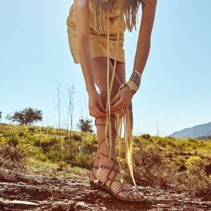 Voglia d'estate ☀️❤️ Scopri gli iconici sandali @ash in Store a Castellana Grotte! Siamo APERTI anche lunedì mattina. #newcollection #summer #weareinpuglia #sandalswoman