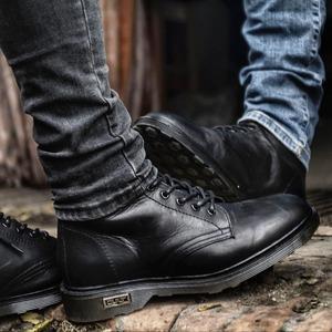 Prewier FW20 🔥 La nuova collezione uomo/donna @cultofficial1987 è già disponibile.   Vieni a scoprire i nuovi modelli in Store a Castellana Grotte!  Disponibile a breve anche online. #newcollection #newarrivals #fw20 #bikers #boots #unisex