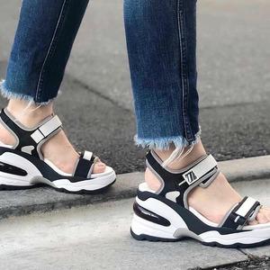Saturday mood ☀️ La perfetta fusione fra una sneaker e un sandalo.. @ash