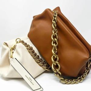 New bags collette by @giannichiarini 🤍 La nuova collezione è disponibile sul nostro E-Shop! #bags #spring21