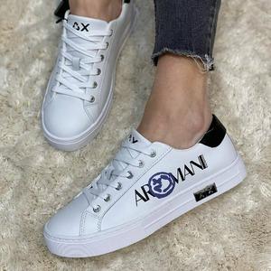 New week 💞 Scegli la tua sneaker preferita in Store e Online! #sneakerswoman #spring2021
